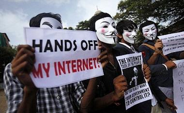 ondanks-of-misschien-zelfs-wel-vanwege-dit-soort-protesten-is-het-einde-van-het-vrije-internet-in-europa-nu-echt-heel-dichtbij_orig