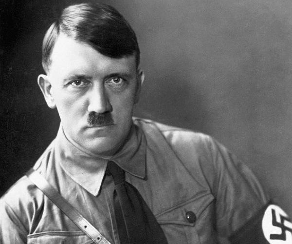 1_9P4H991Hqn90-jYcEFsnrQ Hitler